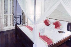 duze-lozko-sypialnia